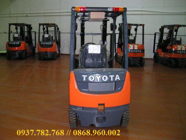 Xe nâng Toyota 8FD series
