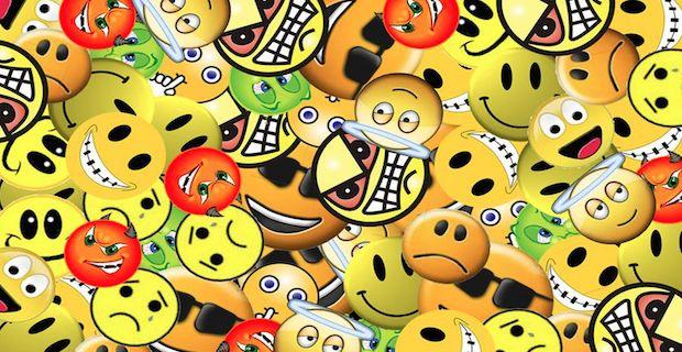 WhatsApp: Come scaricare nuove Faccine, Emoticon e Smile