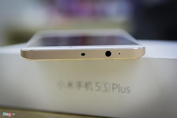 Đập hộp Xiaomi Mi 5s Plus giá hơn 10 triệu đồng - 144821