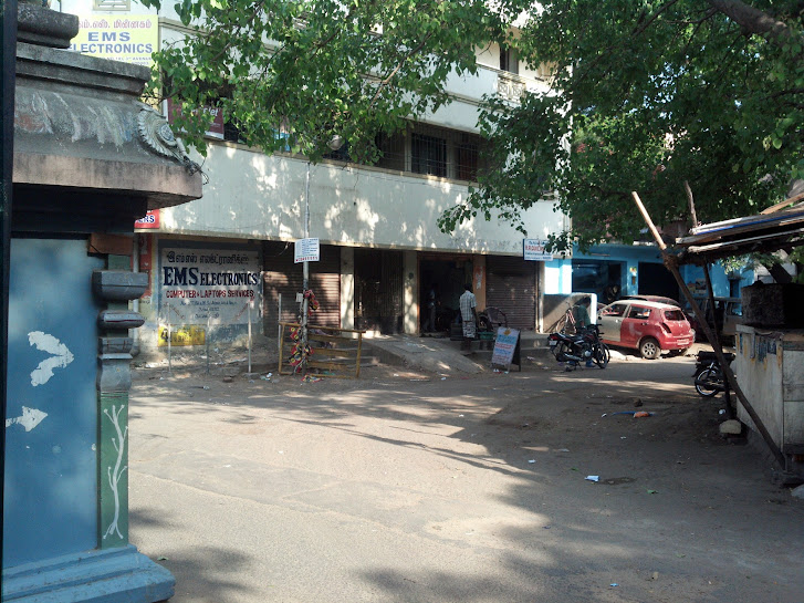 Ashok Nagar - Barricade removed
