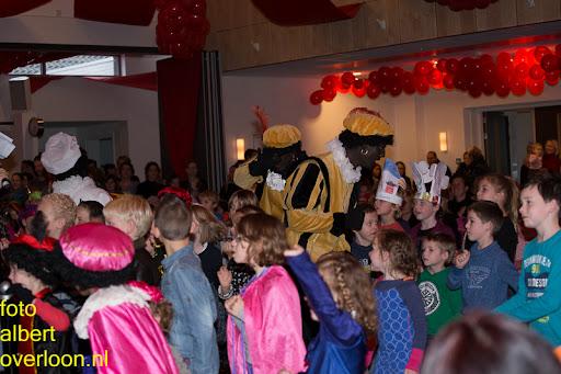Intocht Sinterklaas overloon 16-11-2014 (72).jpg