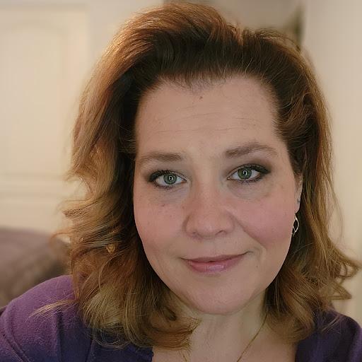 Jennifer Yarbrough Photo 15