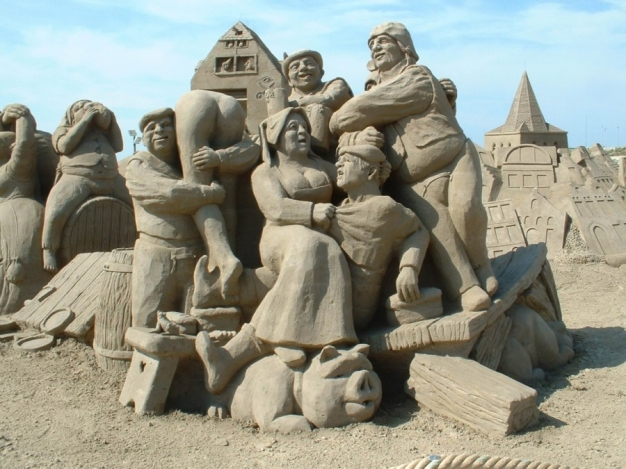 Sand-Art-Town-People-Party-Business-Lessons-Small-Business-Self-Employed