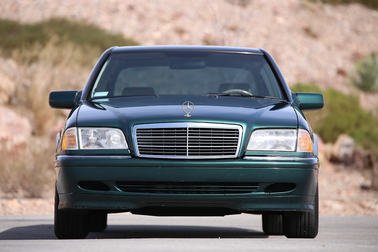 Purchase used beautiful mechanical gem 1999 mercedes benz for Mercedes benz dealer st george utah