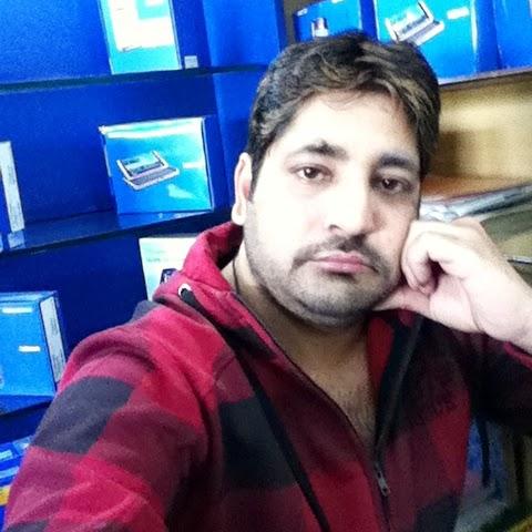 Tariq Bhat Photo 15