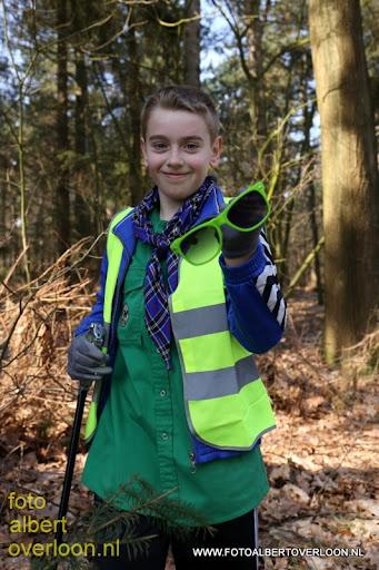 Landelijke Opschoondag Scouting Overloon 29-03-2014 (20).JPG