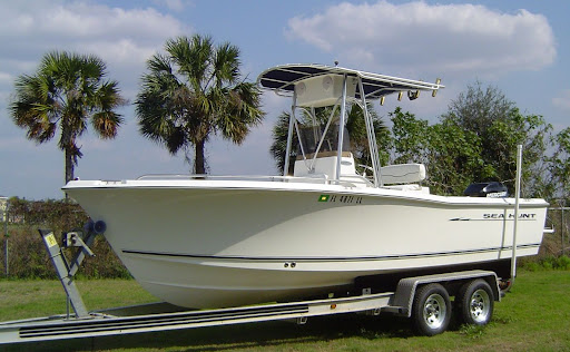 2001 SEA HUNT TRITON 210 WITH 200H.P. MERCURY EFI & LOAD MASTER ALUMINUM ...