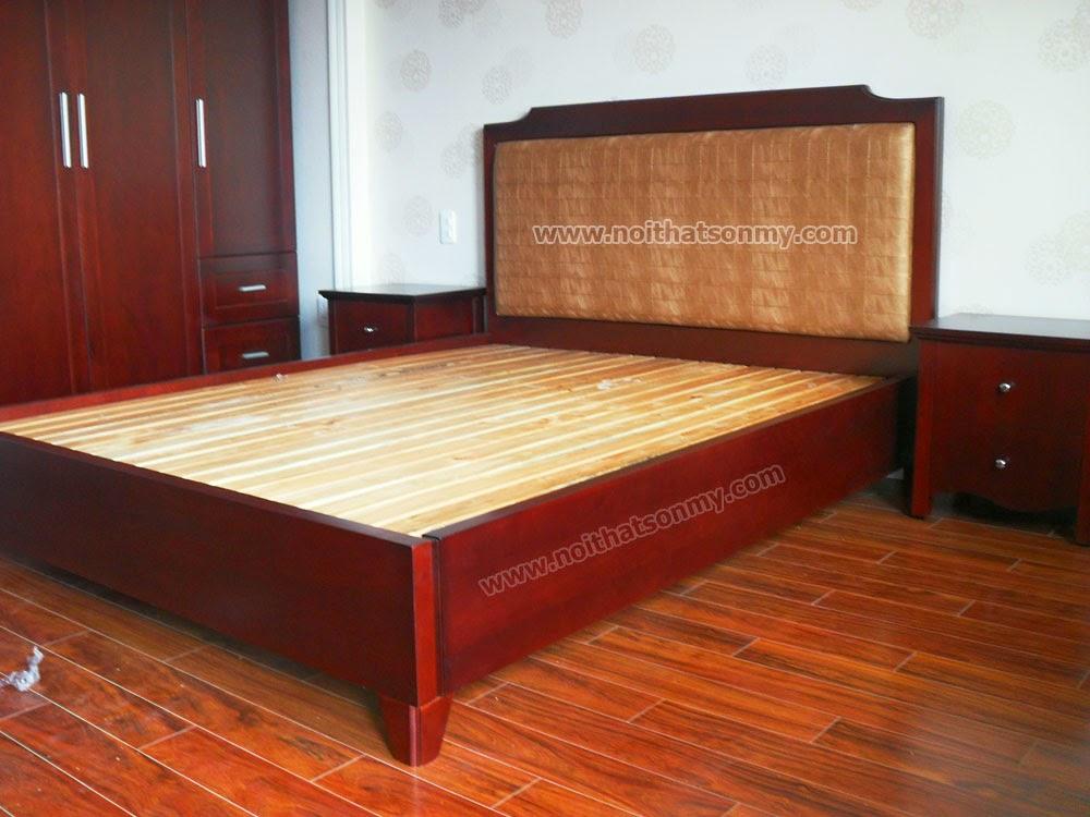 Giường ngủ khách sạn gỗ tự nhiên