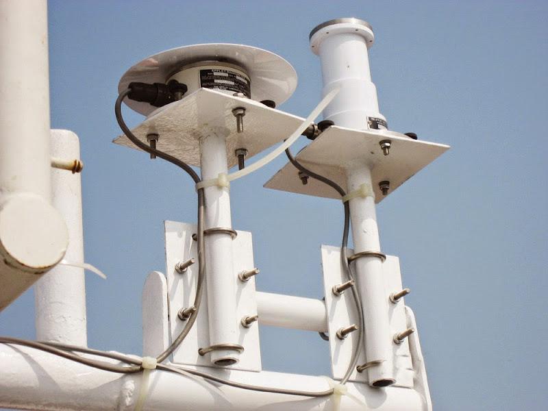 대기 연구용 관측탑과 센서