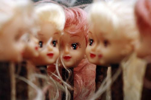 cabeças de bonecas