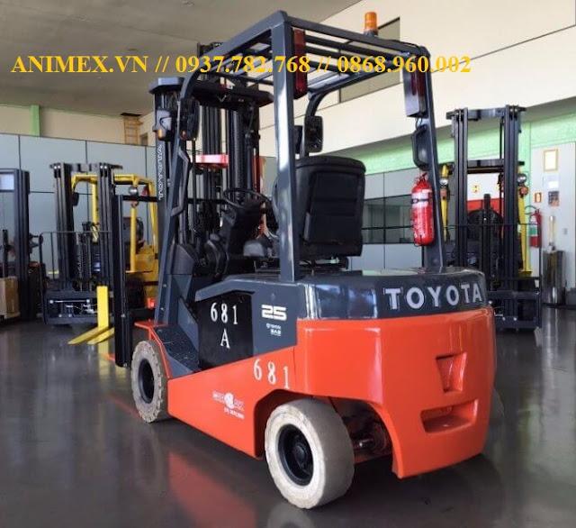 Toyota Battery Forklift 8FBN