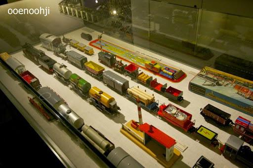 おもちゃ博物館の中