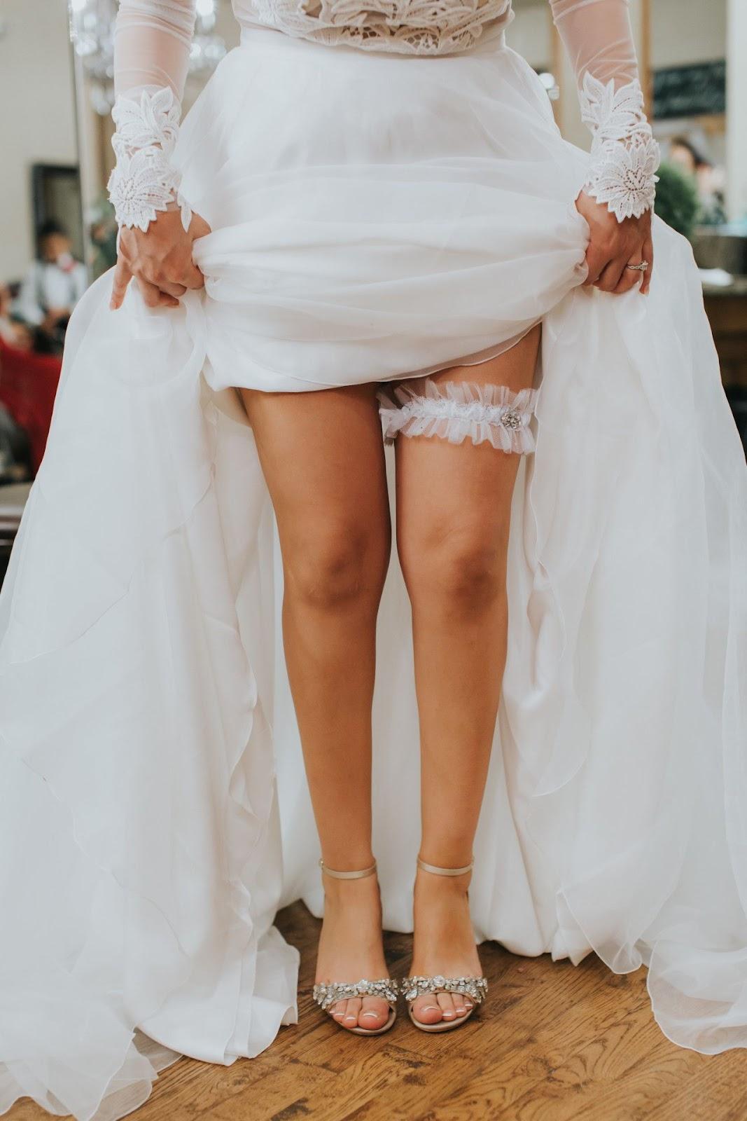 garter under dress