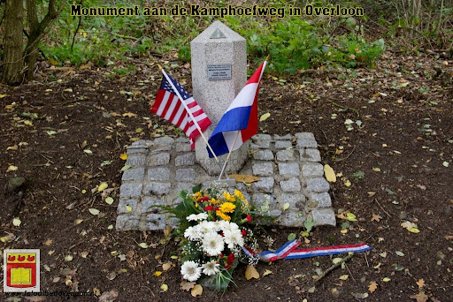 Monument Kamphoefweg Overloon 05-10-2012 (1).jpg