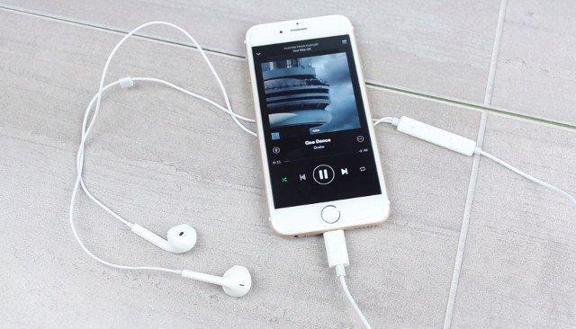 Phải làm gì khi iPhone bị lỗi chế độ tai nghe? - Quantrimang.com