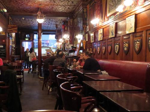 Harrys_New_York_Bar.jpg