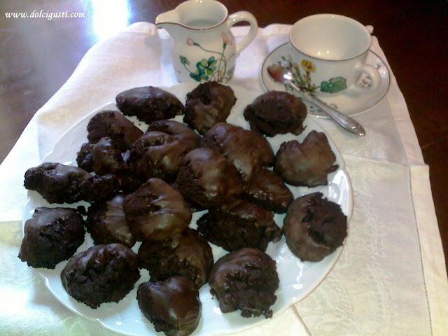 Dark Chocolate Wilbur Buds Nutritional Information