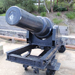 An old gun (255401)