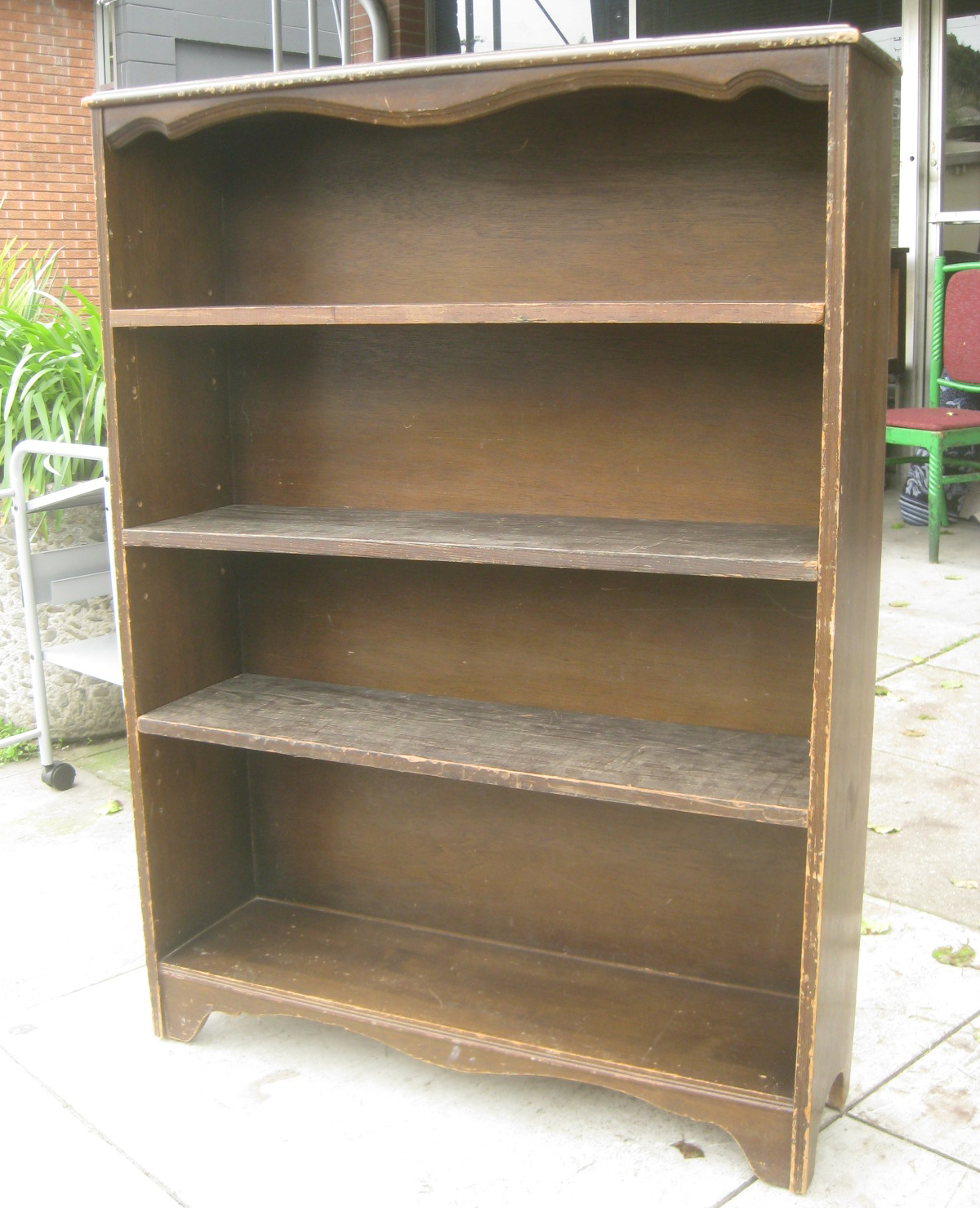 Uhuru Furniture Collectibles Sold Short Wooden Bookcase