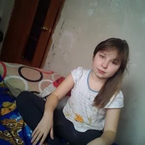 Настя Самбурская