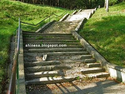 лестница, лестница на берегу немана, старая лестница
