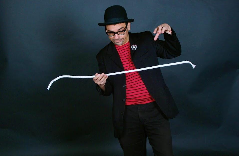 alfonso-V-magia-comica-cuerda-mago-madrid