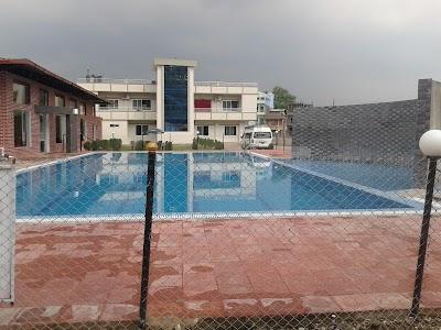 Vingreli Village Resort, Mid-Western (+977 82-563749)