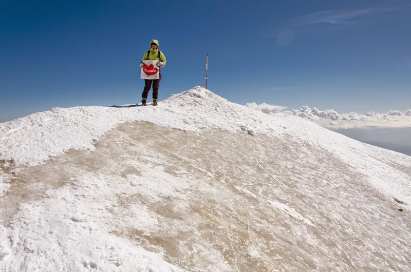 Corina victorioasa pe Varful Ararat 5125 m