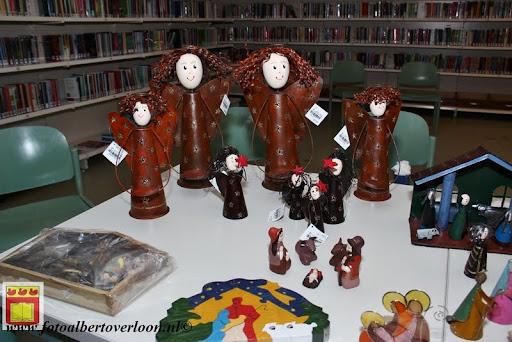 OVO kerstviering bij Jos Tweedehands met stijl en Bieb overloon  12-12-2012 (25).JPG