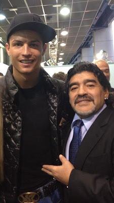 Cristiano Ronaldo e Maradona juntos em Madrid