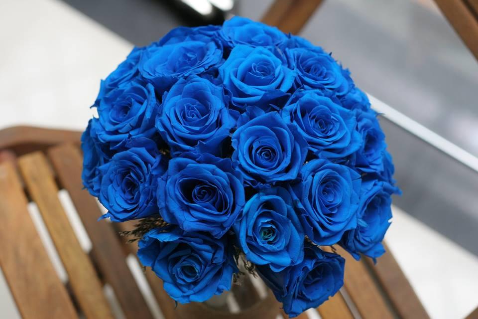 Bó hoa hồng xanh hình cầu tuyệt đẹp