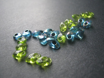 Long Magatama Drop Seed Beads