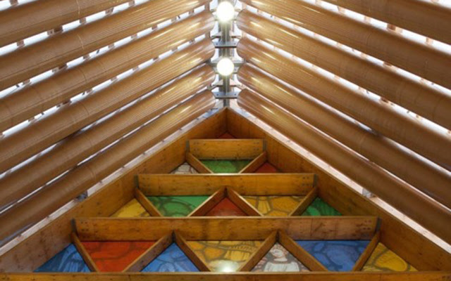 nhà thờ bằng giấy shigeru ban