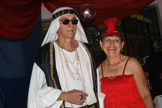 Baile Municipal 2011: Fantasias deram o charme ao encontro carnavalesco