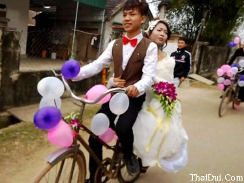 thơ lục bát chế đám cưới