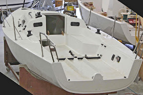 J/88 one-design family speedster sailboat cockpit