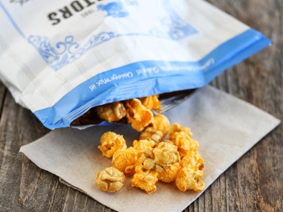 photo of GH Cretors Chicago popcorn mix
