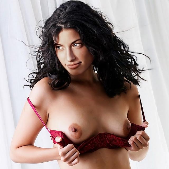 Tania Raymonde Nude Topless Naked