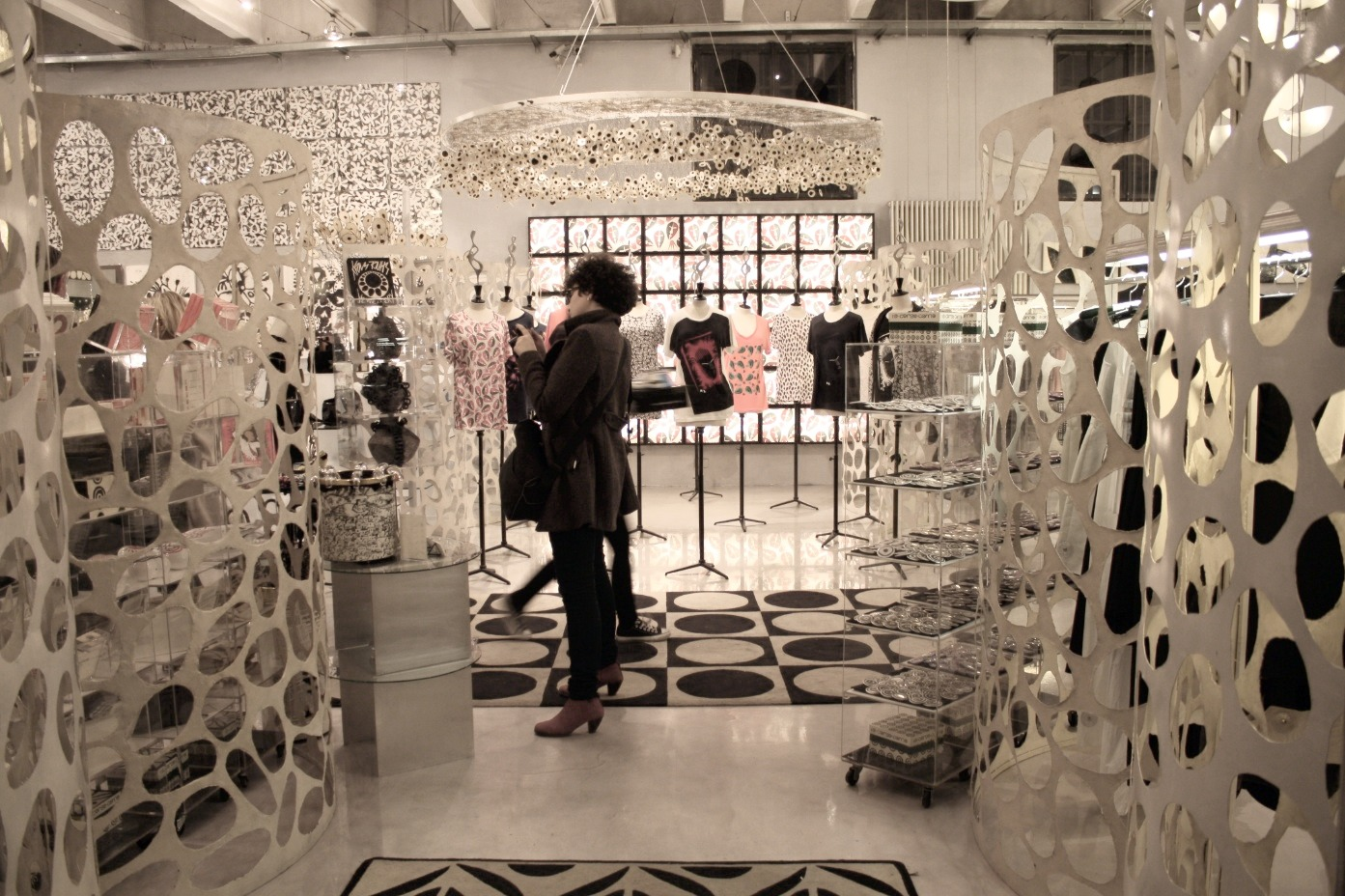 zuckerfrei la luce splendida di 10 corso como. Black Bedroom Furniture Sets. Home Design Ideas