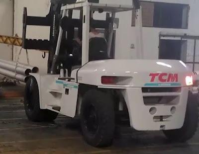 xe nâng tcm 10 tấn 0937782768