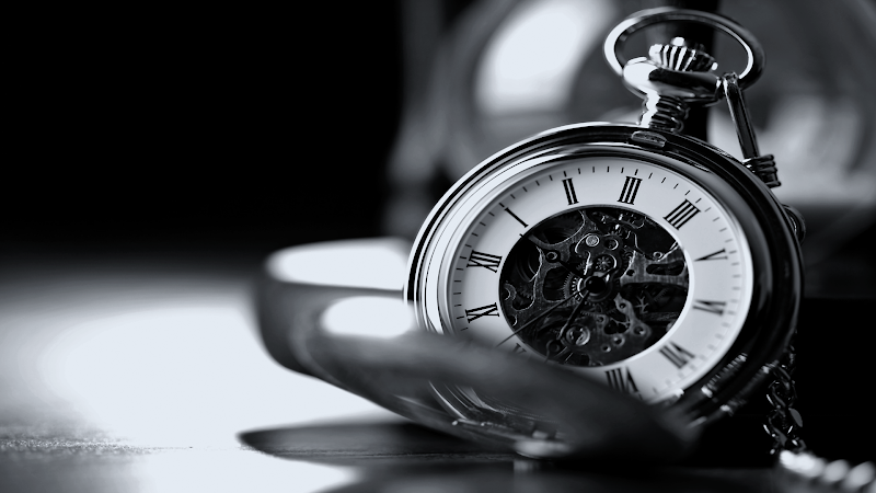 Black and White Pocket Watch wallpaper