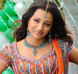 Indian Actress Trisha Hairstyle Pictures