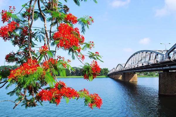 Hình ảnh Sông Hương ở xứ Huế