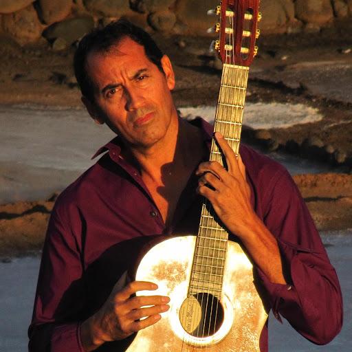 Walter Silva (Guitar)