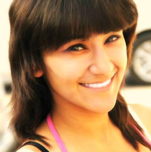 Online freelancer  Nidhi Gupta