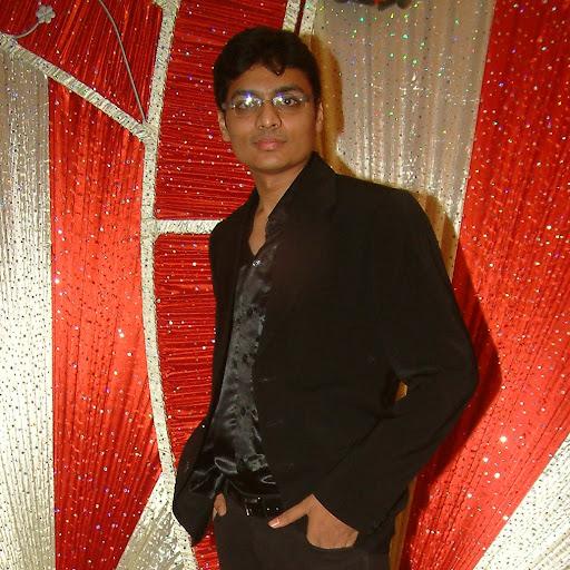 Rushabh Desai Photo 15