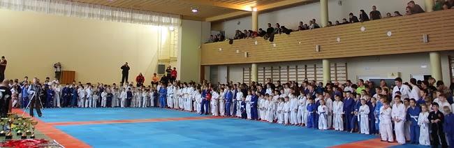 Открытие соревнований. фото Оксана Кондрашова