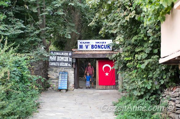 Cumalıkızık'taki Mavi Boncuk tesisi