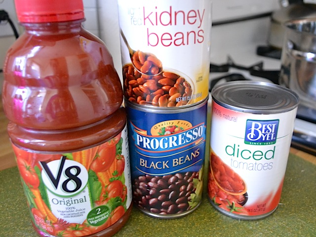 tomato juice, can of black beans, can of kidney beans, and can of diced tomatoes