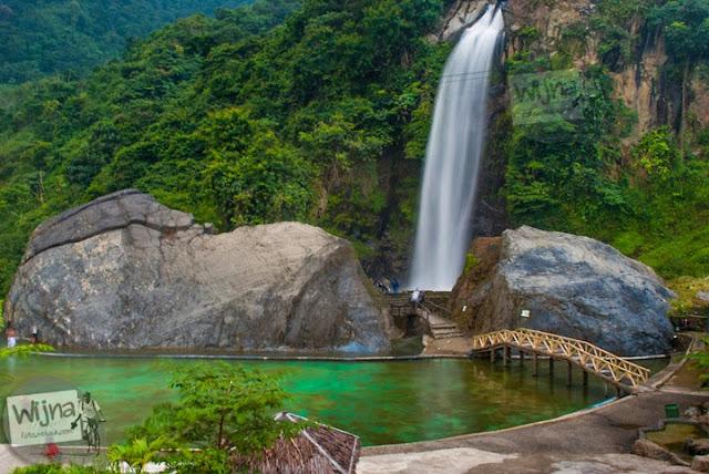 Ngintip bidadari mandi di Air Terjun Bidadari Sentul Paradise Park